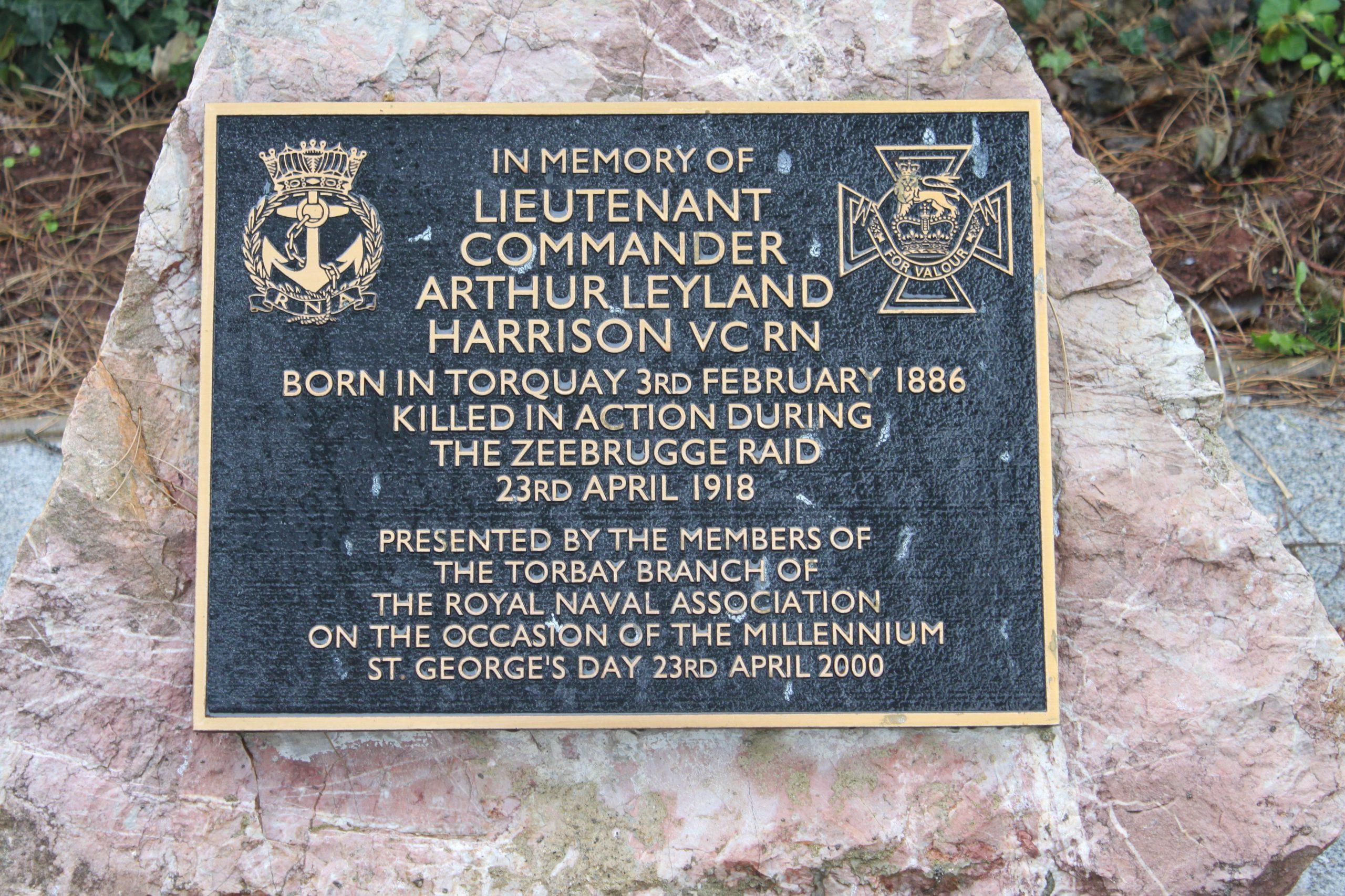 Lieutenant-Commander Arthur Harrison, VC – Famous OD's Profile